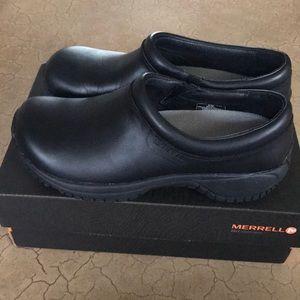 Black Merrill non slip work shoe